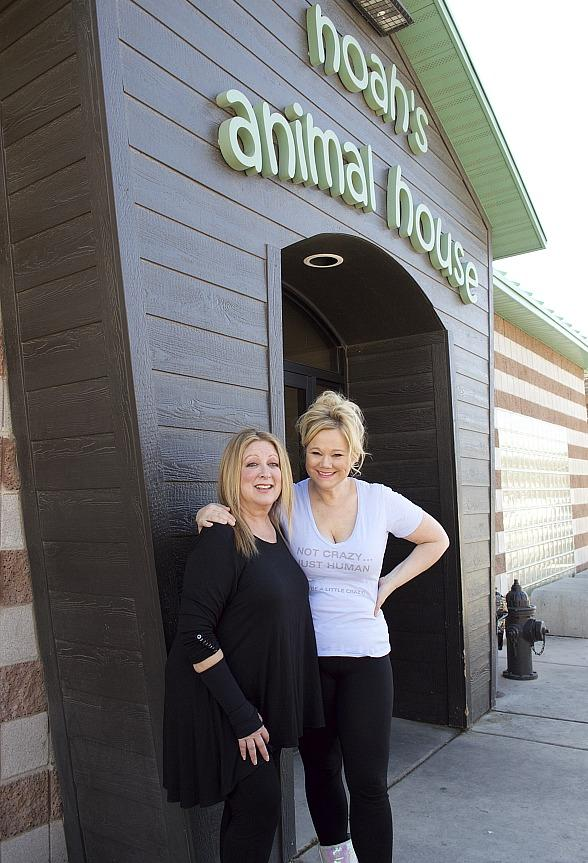 'LIPSHTICK' Headliners Caroline Rhea and Elayne Boosler Visit Noah's Animal House at The Shade Tree