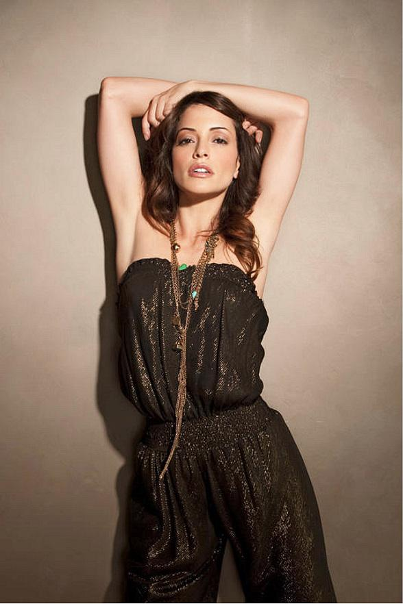 Emmanuelle Vaugier to Celebrate Birthday at Chateau Nightclub & Gardens July 15
