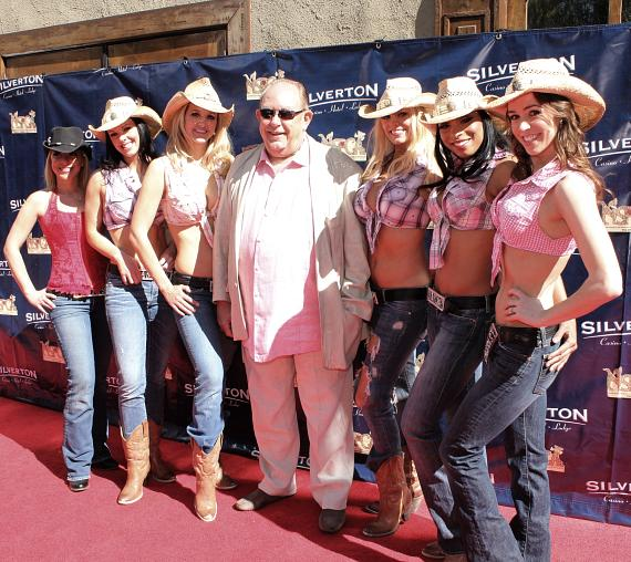 Ladies of FANTASY with Robin Leach