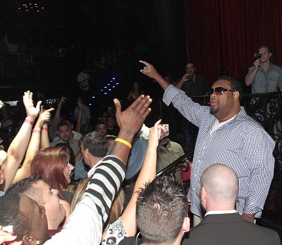 Fatman Scoop celebrates birthday with live performance at LAX Nightclub