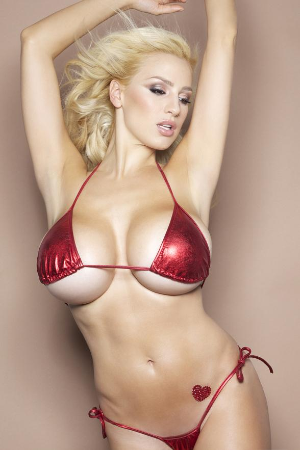 Jordan Carver Rings in 2013 as Host of PBR Rock Bar's New Year's Eve