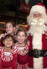 Santa Cruises Sail at Lake Las Vegas Community; Also Saturday Santa visits, Train Rides and $1 Hot Cocoa at MonteLago Village