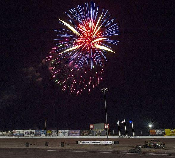 Clyne wins NASCAR Super Late Models race on Night of Fire at The Bullring