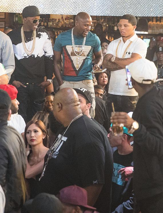 Floyd Mayweather Attends Official Billboard Music Awards After Party at Drai's Nightclub in Las Vegas