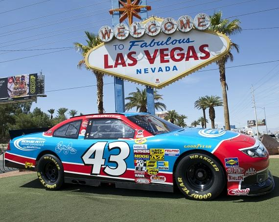 Richard petty driving experience displays nascar car at Nascar experience las vegas motor speedway