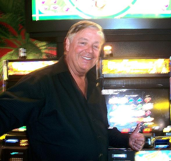 Gordon Wins $1,452,799.89 Playing Wizard Of Oz at Margaritaville Casino at The Flamingo in Las Vegas