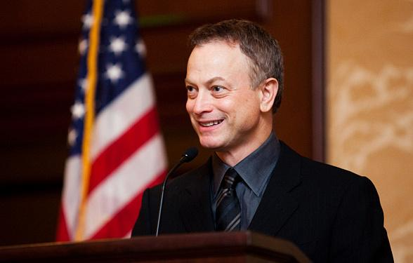 Gary Sinise & the Lt. Dan Band plus Grammy Award winner Christopher Cross to perform FREE Veterans Day Weekend Concert at Fremont Street Experience Nov. 8