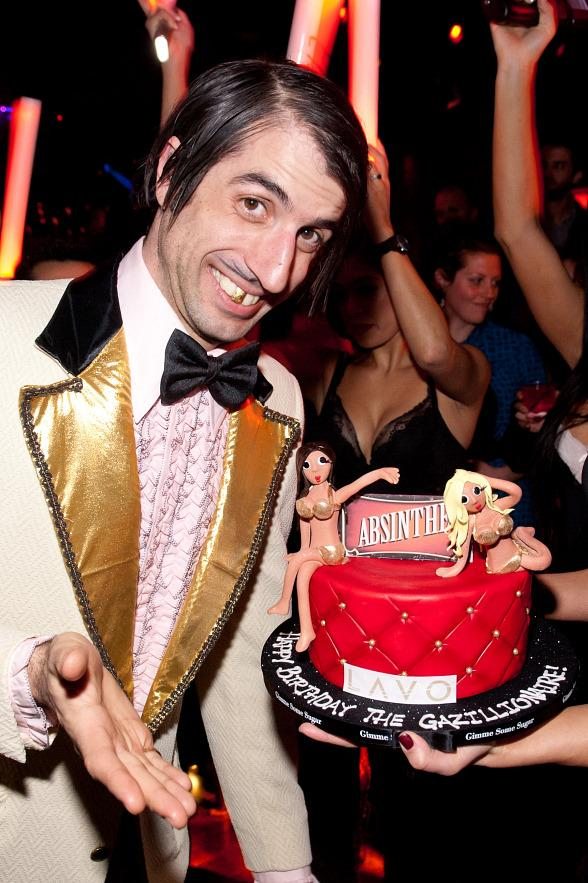 The Gazillionaire celebrates his birthday at LAVO