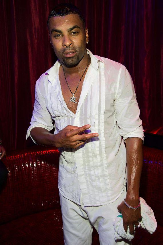 Ginuwine at LAX Nightclub