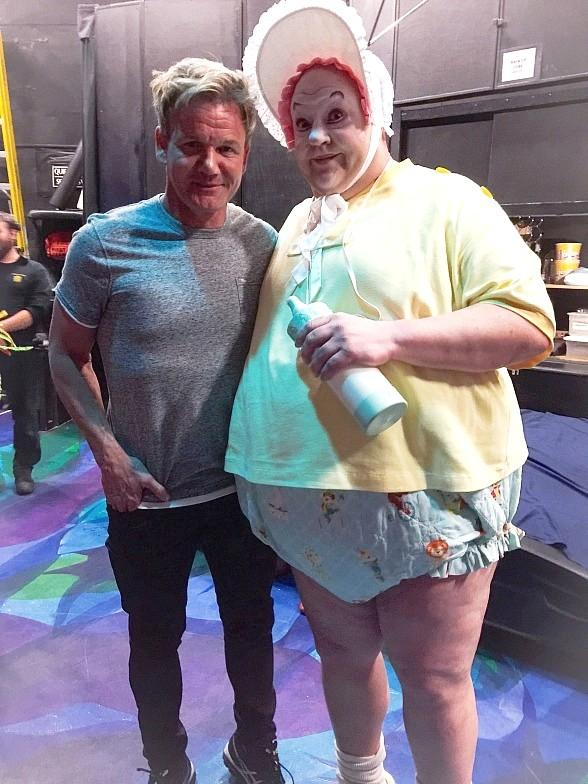Chef Gordon Ramsay and Family attend Mystère by Cirque du Soleil