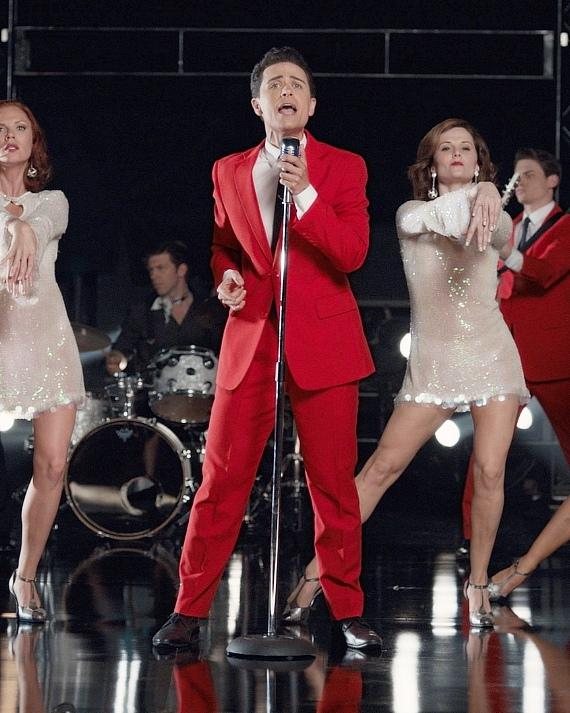 Graham Fenton of Jersey Boys will take the stage for Christmas Crooner