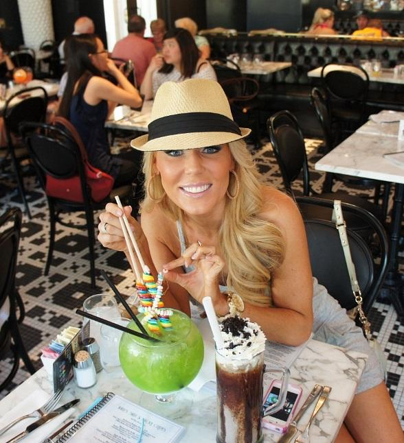 Gretchen Rossi enjoying lunch at Sugar Factory American Brasserie