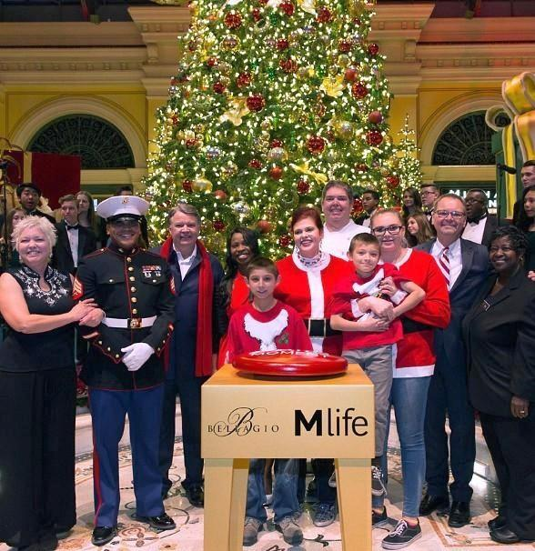 Bellagio Celebrates the Season with Holiday Tree Lighting at the Conservatory & Botanical Gardens