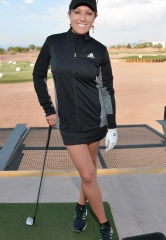 Natalie Gulbis Plays Golf Blackjack at #1 Golf Destination in Las Vegas
