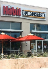 The Habit Burger Grill Raises Over $4,000 For Las Vegas Charities