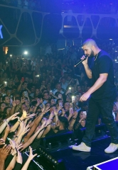 Drake Performs at Hakkasan Las Vegas Nightclub