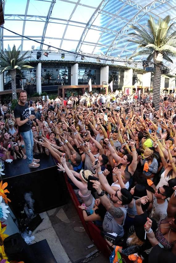 Marquee Dayclub's First Ever Winter Pool Party