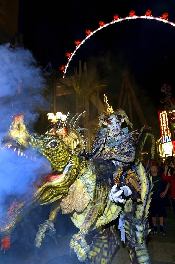 The LINQ Promenade and High Roller Celebrate October with Festive Fall Activities and a Halloween Party and Costume Contest