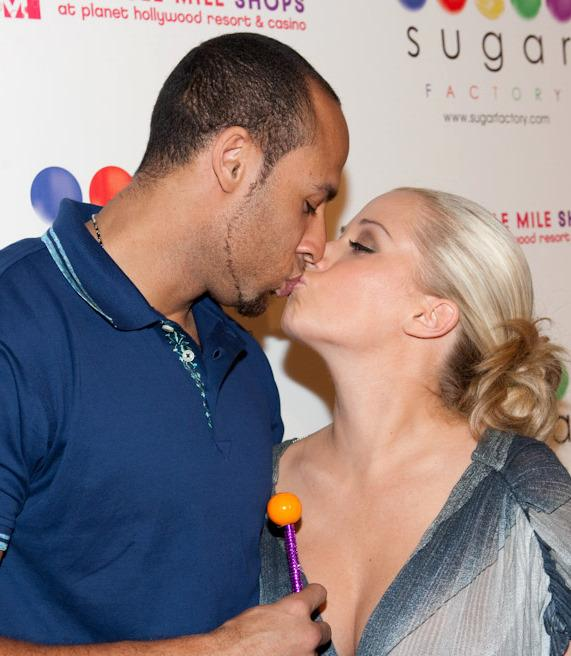 Hank Baskett and Kendra Wilkinson at Sugar Factory