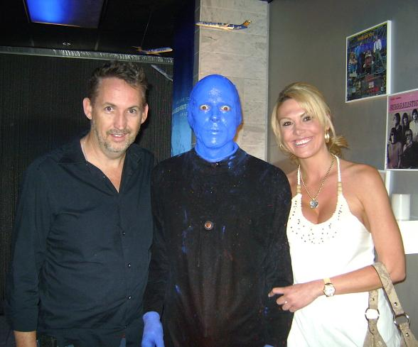 Harland Williams Attends Performance of Blue Man Group