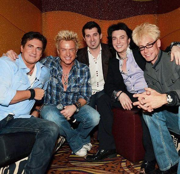 Gordie Brown, Zowie Bowie (Chris Phillips), Marc Savard, Frank Marino and Murray SawChuck