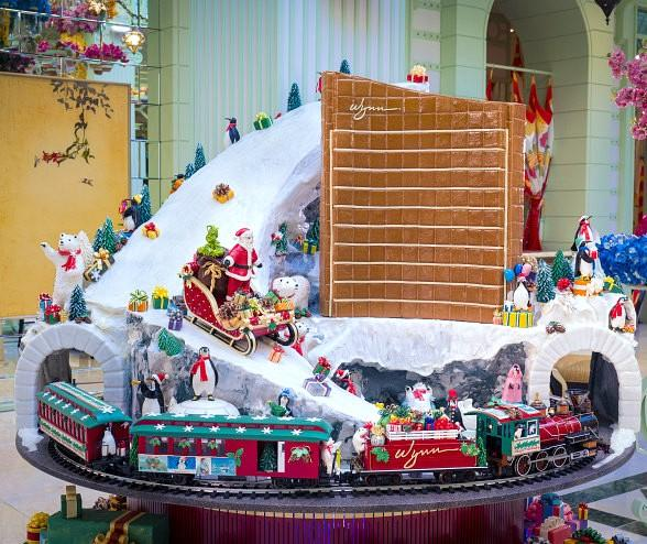 Wynn las vegas transforms into a winter wonderland with for When does las vegas decorate for christmas