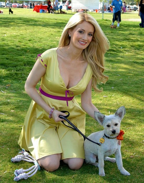 Holly Madison Attends the Forever Home Picnic to Benefit the Lied Animal Foundation