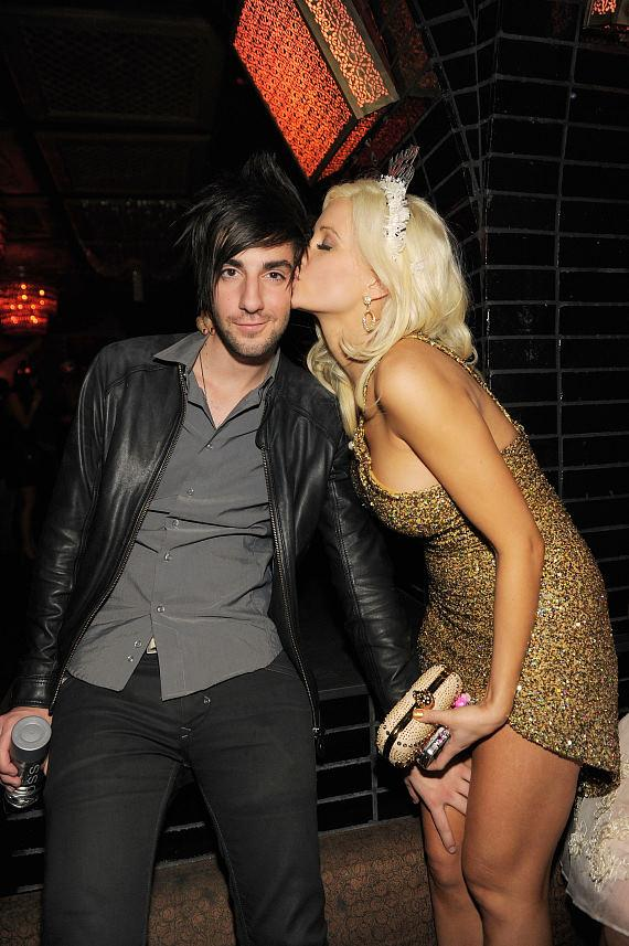 Holly Madison kisses boyfriend Jack Barakat at Lavo Las Vegas