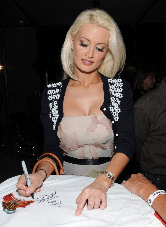 Holly Madison signs autographs at 2nd Annual Nevada Wild Fest at the Henderson Pavilion