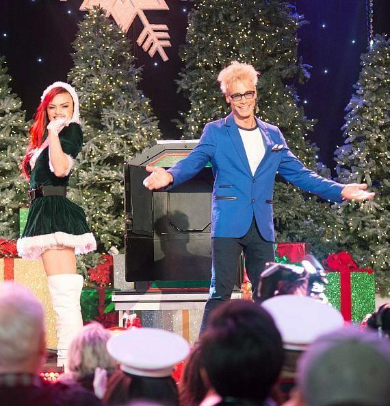 April Leopardi Anneberg and Murray SawChuck perform live in the Hollywood Christmas Parade