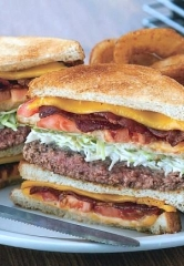 Metro Diner Brings 85 Jobs to Las Vegas with Opening of Serene Avenue Location
