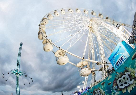 Rides at Electric Daisy Carnival in London
