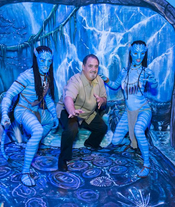 Producer Jon Landau with Na'vi Warriors at Avatar Ribbon Cutting at G2E