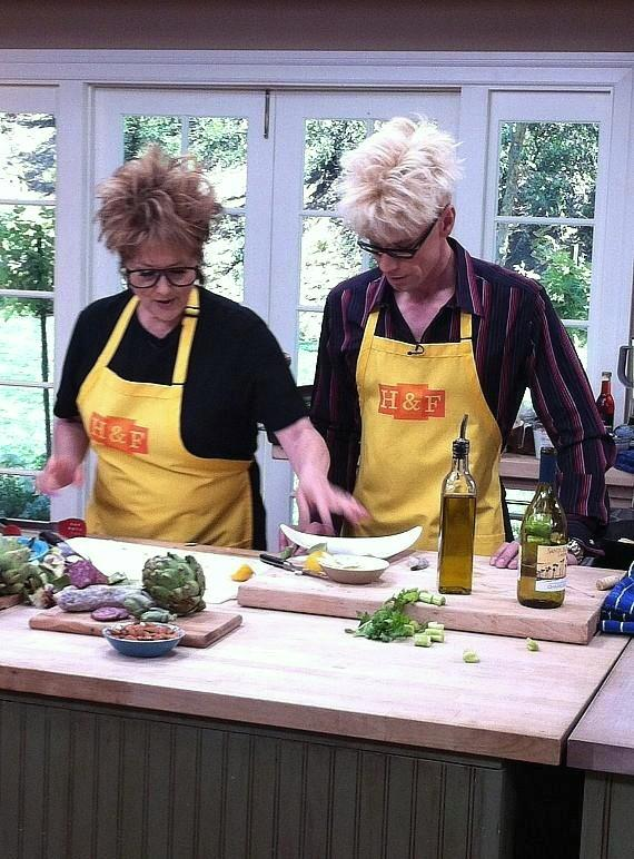 Murray and Cristina team up for a cook-off
