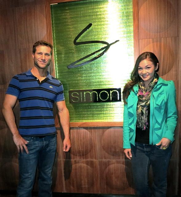 The Bachelor's Jake Pavelka and Girlfriend Ashley Vickers Dine at Simon Restaurant & Lounge