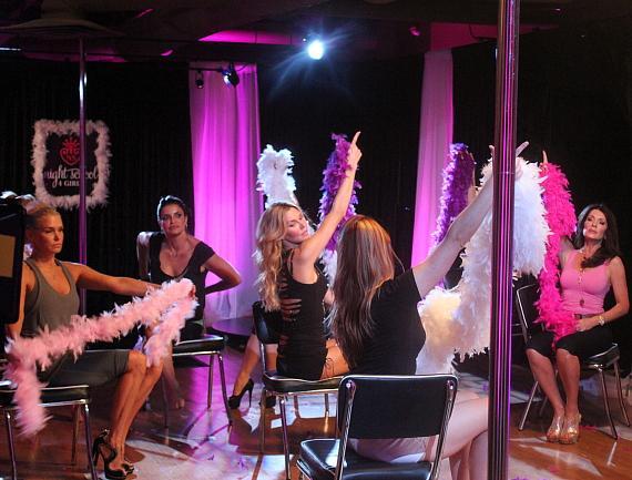 Yolanda H. Foster, Jennifer Gimenez, Brandi Glanville, instructor Heidi Huckelberry and Lisa Vanderpump