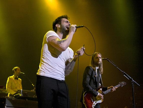 Maroon 5 rocks in the New Year at The Pearl Concert Theater in The Palms