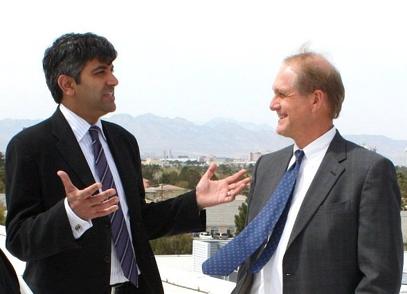 Aneesh Chopra pictured left, Tom Axtell on the right