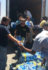 Berkshire Hathaway HomeServices Nevada Properties Gives 44,000 Bottles of Water to Las Vegas Rescue Mission