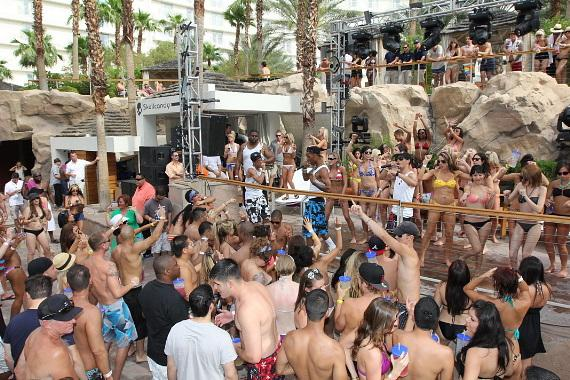 The New Boyz at REVEL pool party