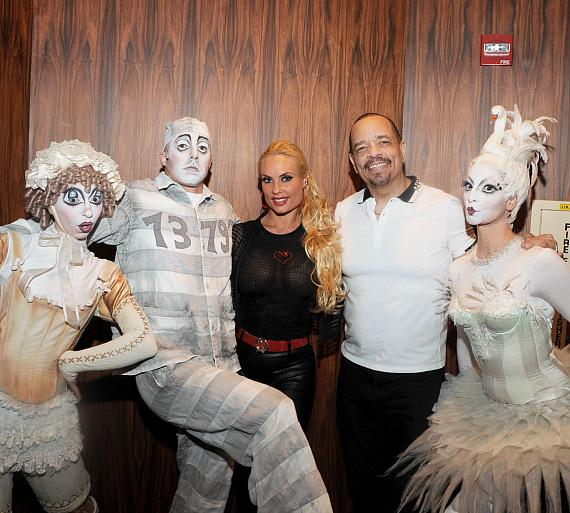 Ice T & Coco with cast members of Zarkana