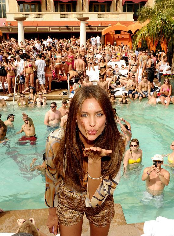 Supermodel Irina Shayk and Jamie Foxx Open 5th Season of TAO Beach