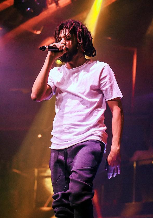 J. Cole Performs at JEWEL Nightclub Las Vegas for