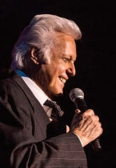 Legendary Vocalist Jack Jones Returns to the Suncoast Showroom August 22-23