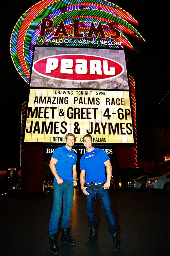 "Jaymes and James of Amazing Race host ""Amazing Palms Race"" in Las Vegas"