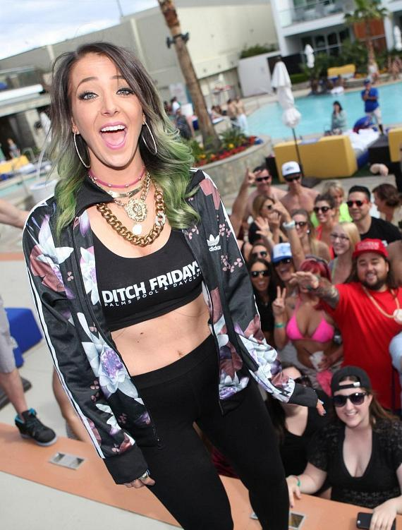 Jenna Marbles poses for a selfie with the crowd