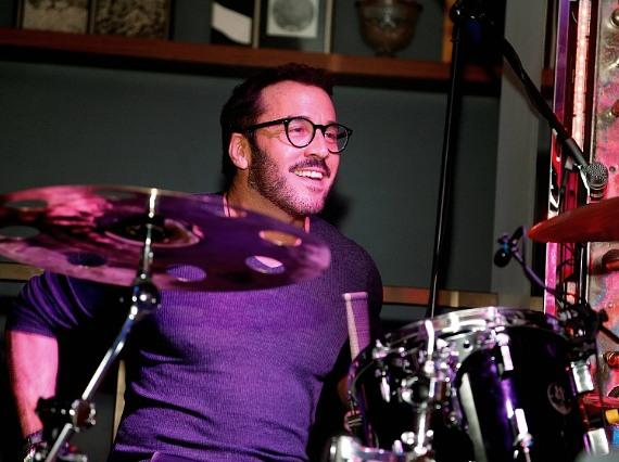 Jeremy Piven on drums at Hyde Bellagio, Las Vegas NYE