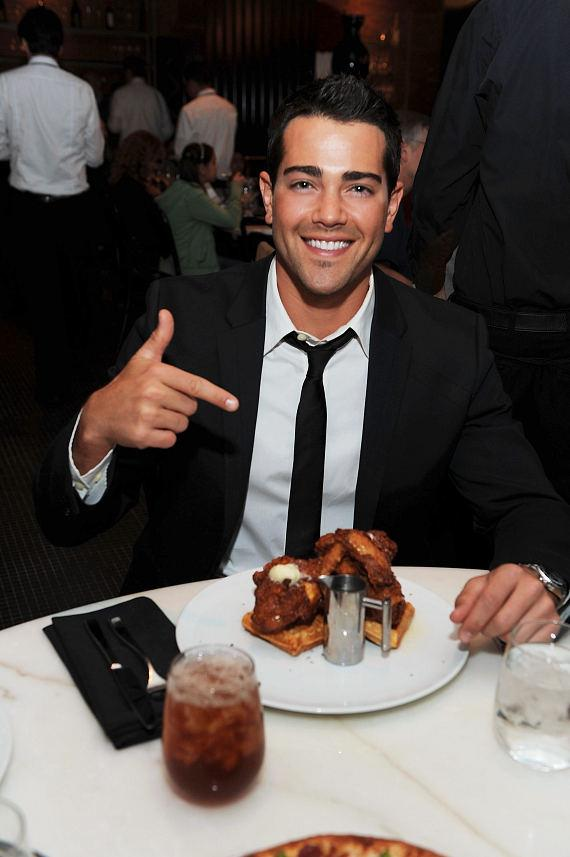 Jesse Metcalfe enjoys chicken and waffles at Sugar Factory American Brasserie at Paris Las Vegas