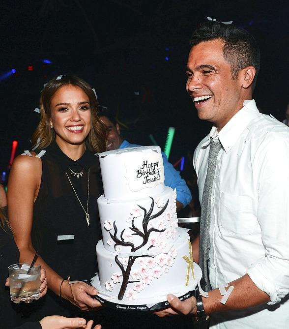 Jessica Alba Celebrates Birthday at Hakkasan with Husband Cash Warren and Friends