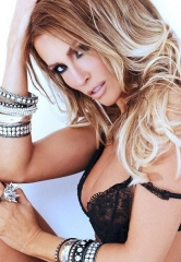 AVN Sets Incredible Talent Lineup for Adult Entertainment Expo 2015 in Las Vegas